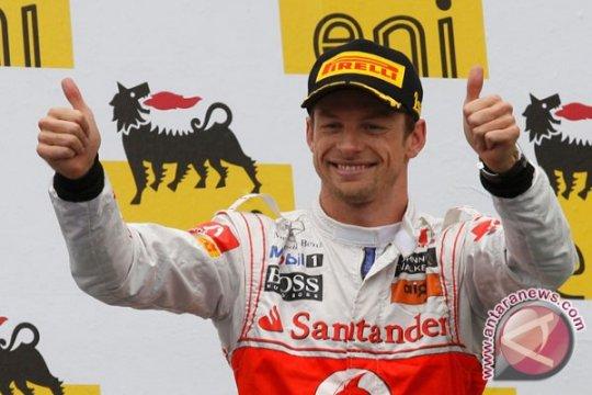 Jenson Button juarai balap virtual Legends Trophy