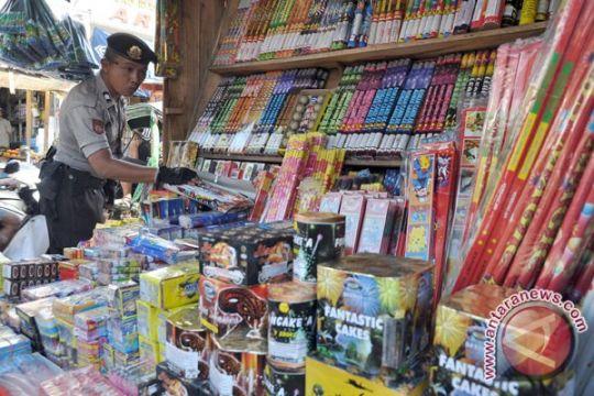 Polres Badung larang penjualan petasan