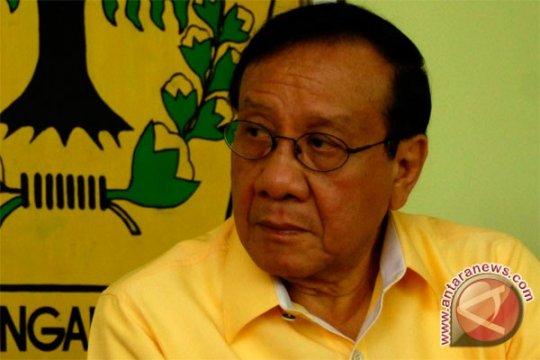 Akbar Tanjung sedih Ical tak masuk survei LSI