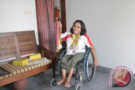 Osrita, mengharumkan negara dari atas kursi roda