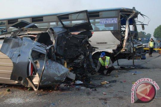 Mahasiswi UI kritis akibat kecelakaan di Tol Cipali