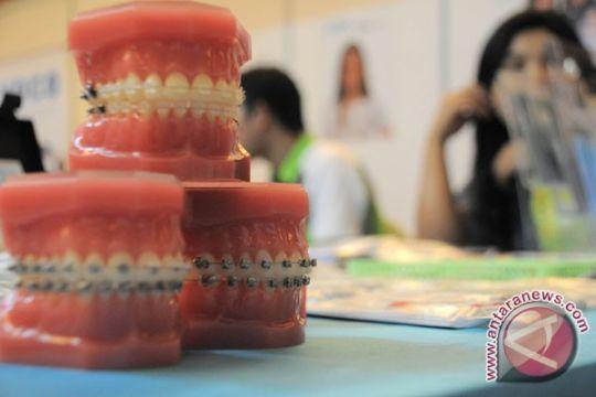PDGI Palembang: pemasangan kawat penyebab gigi bergeser