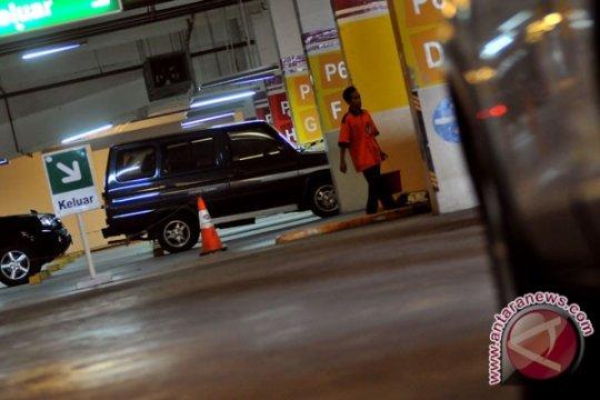 Parkir di Jakarta bakal naik 400 persen