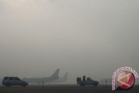 Kabut asap tunda 7 penerbangan di Syamsudin Noor Kalsel