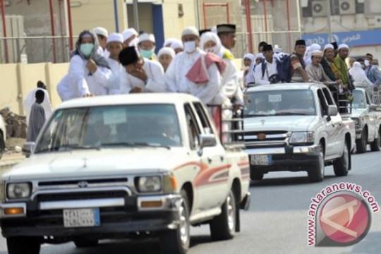 Laporan dari Mekkah - Jamaah diimbau berhati-hati saat menyeberang jalan