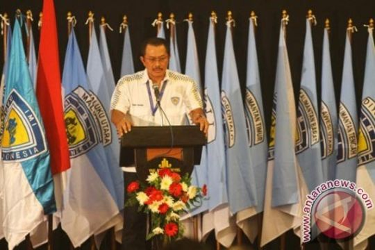 Nanan Sukarna ketua umum PP IMI 2011-2015