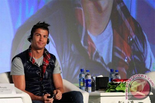 Cristiano Ronaldo pasarkan label fesyen di Asia