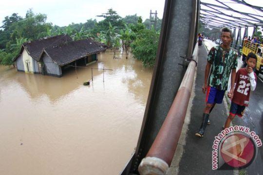 """Curah hujan """"meledak"""" di Jawa"""