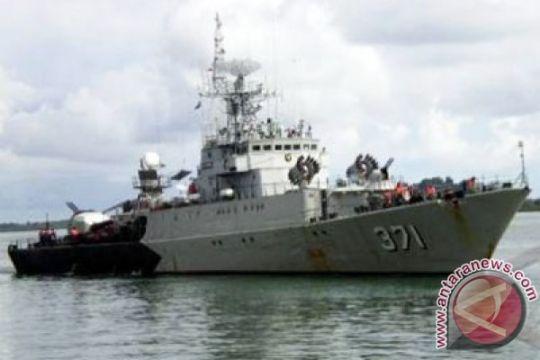 TNI AL selamatkan penumpang KM Nurah LIPI
