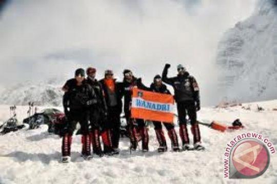 Tim Seven Summits Wanadri sudah berada di higt camp