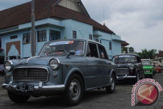 PPMKI Jateng selenggarakan reli mobil kuno