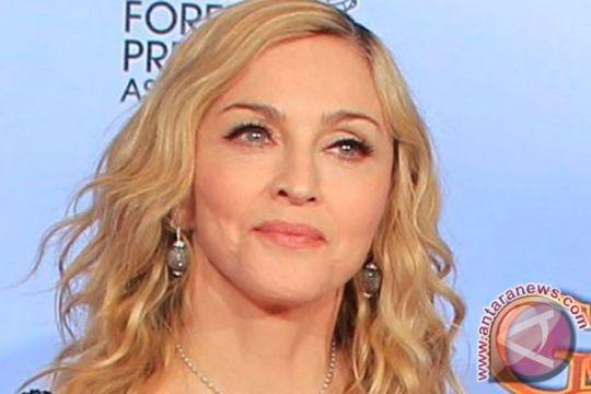 Madonna-Cotillard tunjukkan dukungan kepada aktivis Greenpeace