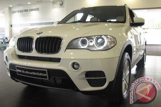 BMW Seri 4 Coupe pertama di Indonesia hadir di IIMS 2013