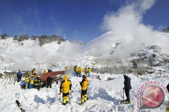 Delapan warga asing terjebak dalam longsoran salju Hokkaido Jepang