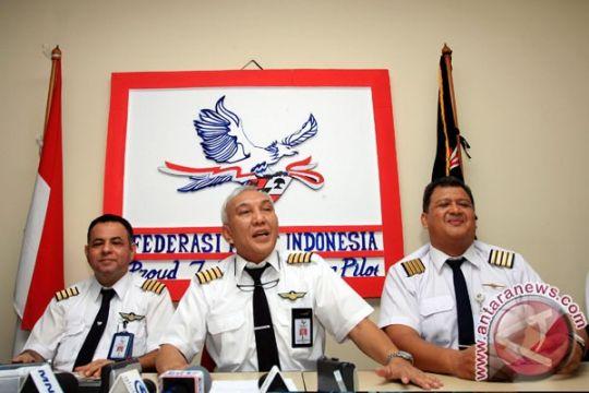 Kementerian Perhubungan-Federasi Pilot tingkatkan pendidikan pilot