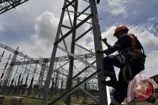 Warga Bekasi Timur kesulitan peroleh lilin