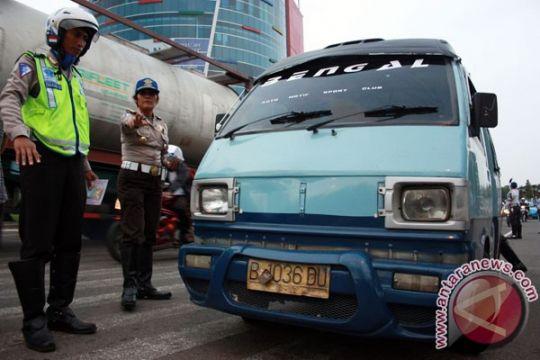Layanan uji kir Surabaya jadi percontohan nasional