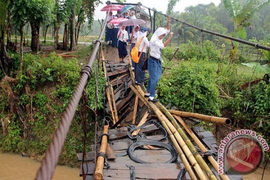 Banjir mulai surut di Lebak