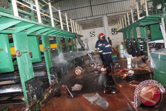 Dua gedung pabrik mebel milik keluarga Presiden Jokowi terbakar