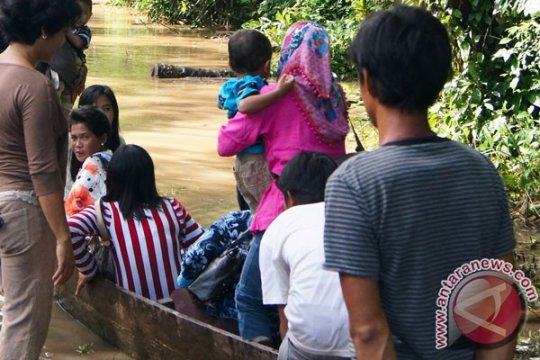 Minggu hingga Senin, waspadai hujan lebat di Lampung