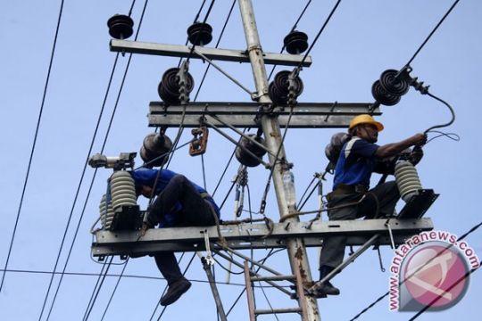 PLN upayakan listrik di Kepri menyala saat Natal
