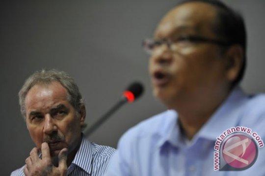 Rahim Soekasah: PSSI harus bergandengan erat dengan pemerintah