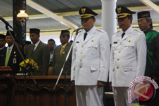 Ganjar membiarkan kasus bupati Jepara terus berproses