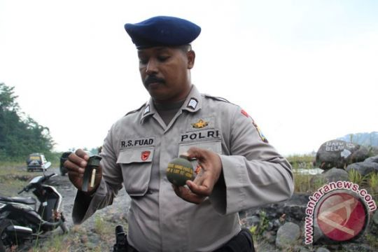Warga temukan 11 granat di Ciumbuleuit