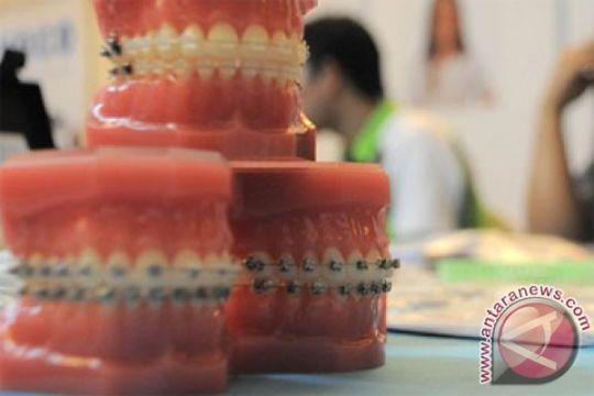 Dokter gigi jelaskan batas wewenang tukang gigi