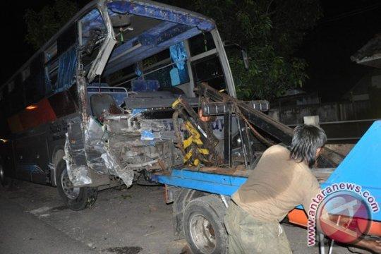 Tiga orang tewas dalam tabrakan maut di Banyuasin