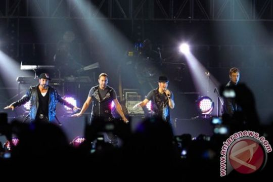 Backstreet Boys dapat bintang Hollywood Walk of Fame