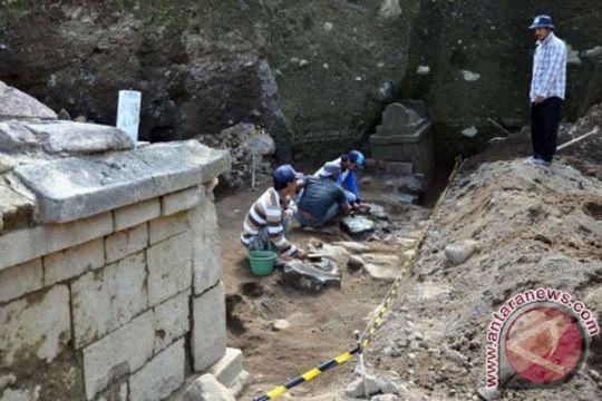 Penambang temukan sisa tengkorak di Situs Liyangan