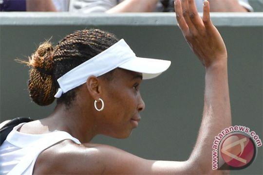 Venus kalahkan Serena untuk ke final Montreal