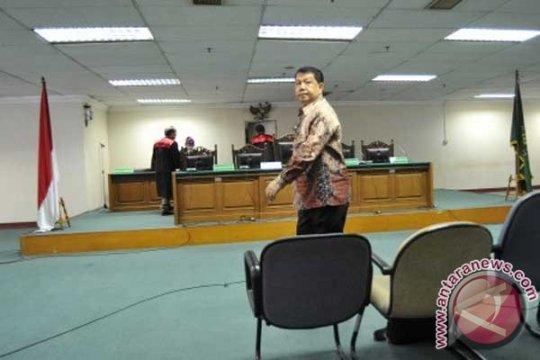 Kejagung periksa mantan pejabat Askrindo terkait korupsi di PT AMU