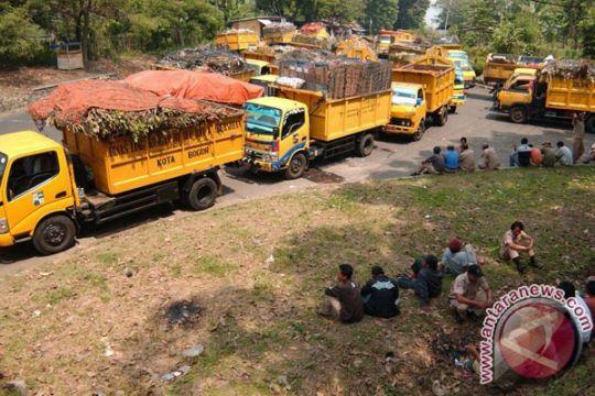 Pemkab Bekasi akan tambah armada untuk tangani sampah