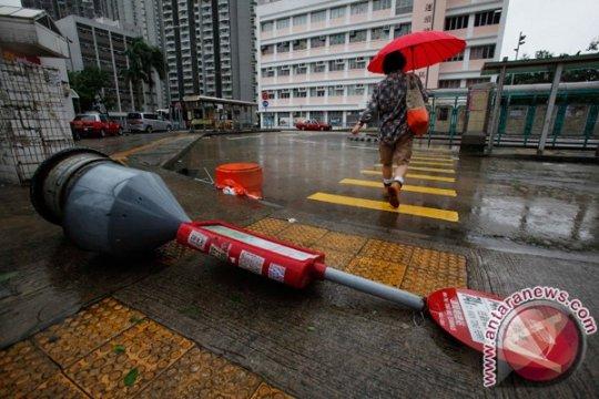 Pelayanan KJRI Hong Kong tutup sementara akibat cuaca buruk
