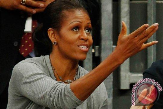 Michelle Obama tanam sayuran di Gedung Putih