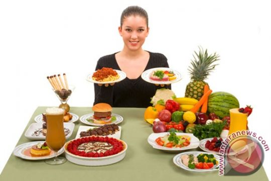 """""""Smart Eating"""" jurus makan pintar dan sehat"""