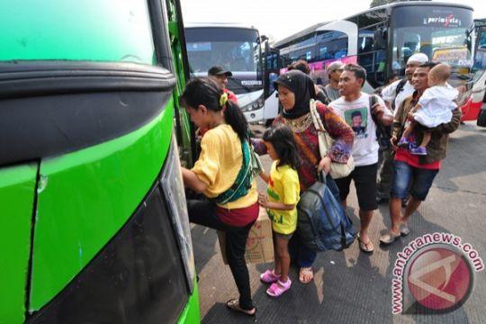 Pemprov Jatim siapkan 300 bus mudik gratis