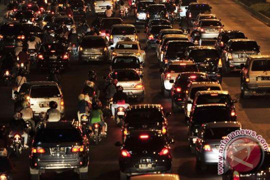 Polisi upayakan pengendara tidak berhenti di jalan protokol Jakarta