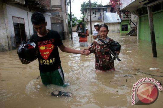 Ratusan rumah di Medan terendam banjir
