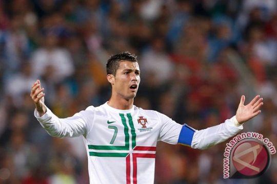Ronaldo rendah hati meski hatriknya loloskan Portugal