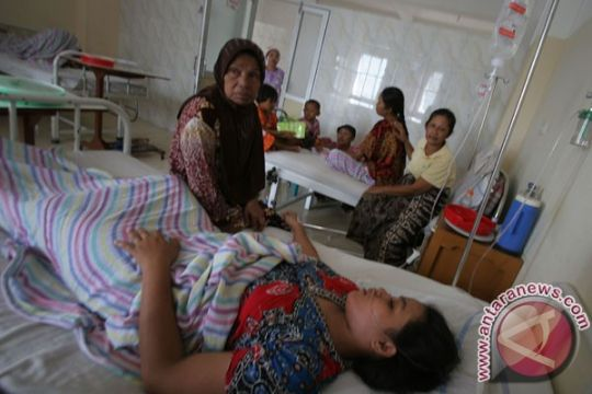 Puluhan warga Sukabumi keracunan makanan hajatan