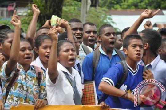 Guru SMK di Serui-Papua belum terima tunjangan Januari-Desember 2018