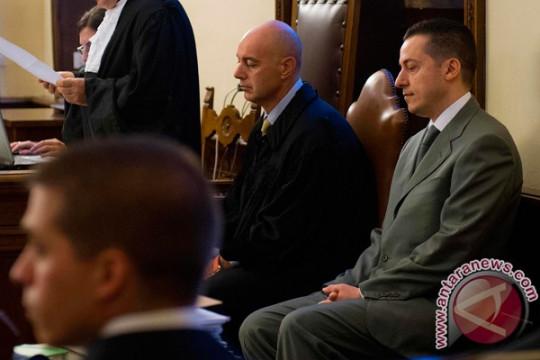 Vatikan akan adili 10 terdakwa penipuan, salah satunya kardinal