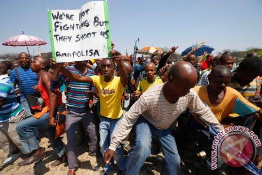 1.800 pekerja tambang terjebak di bawah tanah di Afrika Selatan