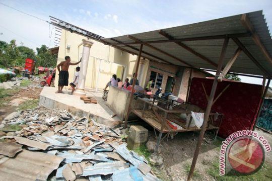 BMKG imbau waspada angin puting beliung di Kalsel