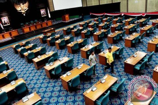 10 mantan anggota DPRD belum kembalikan laptop dinas