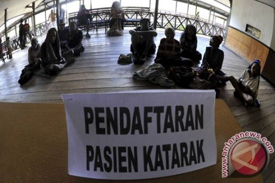 TNI AL - Sido Muncul adakan operasi katarak di wilayah pesisir