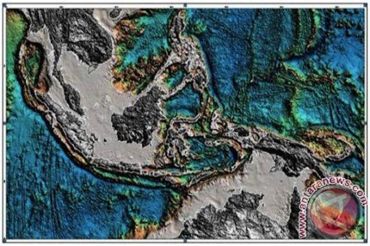 Gempa Malut akibat tekanan di 2 sisi Lempeng Laut Maluku